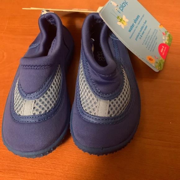 Shoes   Boys Water Size 6   Poshmark
